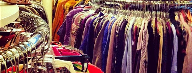 Beacon's Closet is one of Justin'in Kaydettiği Mekanlar.