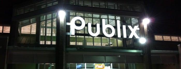 Publix is one of Lugares favoritos de Stuart.