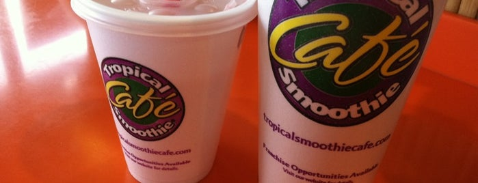 Tropical Smoothie Cafe is one of 416 Tips on 4sqDay Challenge - Dwayne List 1.