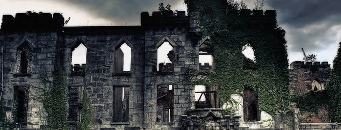 Smallpox Hospital is one of NYC Hidden Attractions.