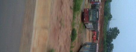 Abuja Urban Mass Transit is one of Locais curtidos por Giovanni.