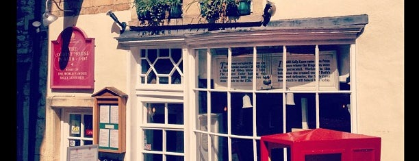 Sally Lunn's Historic Eating House & Museum is one of Bath, UK.