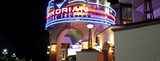Krikorian Premiere Theaters is one of Locais curtidos por Richard.