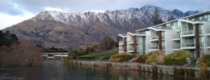 Hilton Queenstown Resort & Spa is one of Новая Зеландия.
