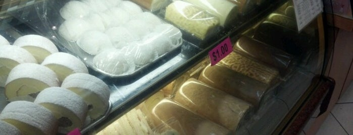 Manna House Bakery is one of Out of thr dessert desert.