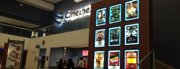 Cinemex is one of Lugares favoritos de Misael.