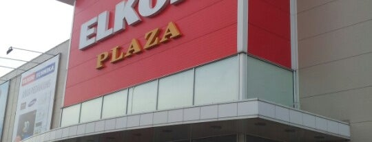 ELKOR PLAZA is one of Locais curtidos por Laura.