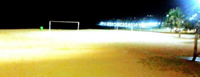 Praia da Costa is one of Bons lugares..