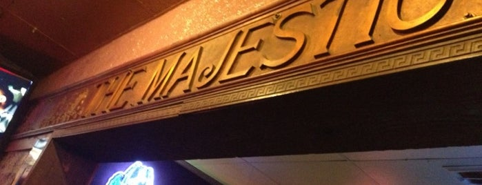Majestic Saloon is one of Jonathan 님이 저장한 장소.