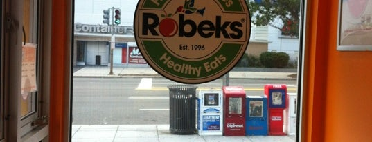 Robeks Fresh Juices & Smoothies is one of สถานที่ที่ Sequan ถูกใจ.