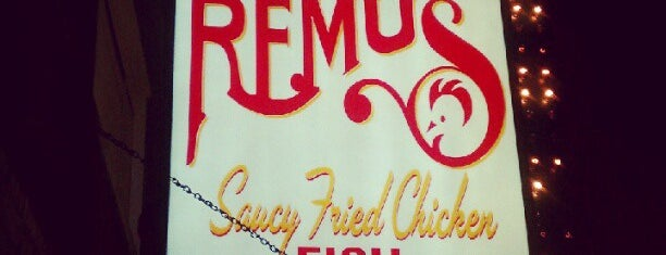 Uncle Remus Saucy Fried Chicken is one of Chicago WBEZ Scavenger Hunt.