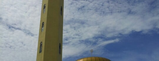 Masjid Al Falah Kampung Idaman is one of masjid.