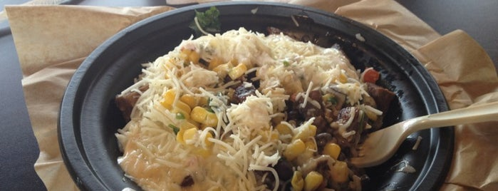 Qdoba Mexican Grill is one of Locais curtidos por Maria.