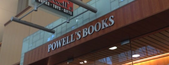 Powell's Books is one of Lieux qui ont plu à Al.