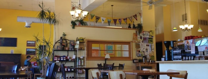 Momo Lolo Coffee House is one of Alison 님이 좋아한 장소.