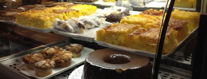 Kauf Café is one of CWB - As Melhores Coxinhas.