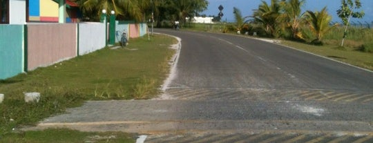 Fuvahmulah Highway is one of Maldives - The Sunny Side of Life.