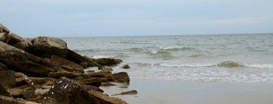Grandview Beach is one of Beaches (VA).