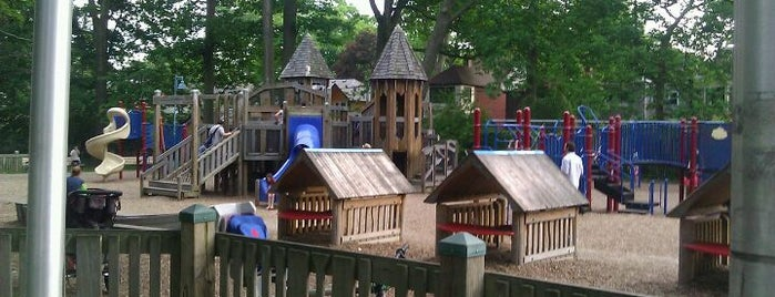 Kew Garden Park - Splash Pad is one of Toronto, Canada.