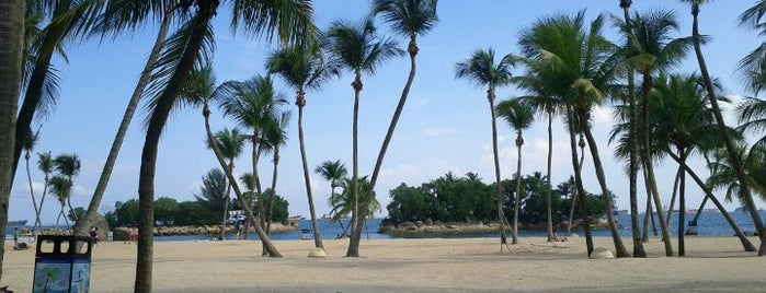Siloso Beach is one of Singapur.
