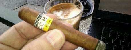 King Corona Cigars Cafe & Bar is one of Cigar Dreams.
