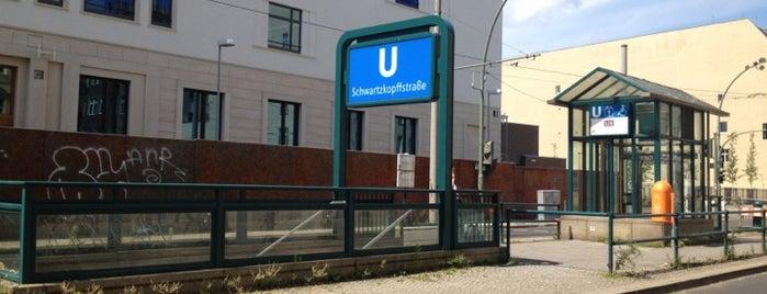 H U Schwartzkopffstraße is one of Posti che sono piaciuti a Jakob.