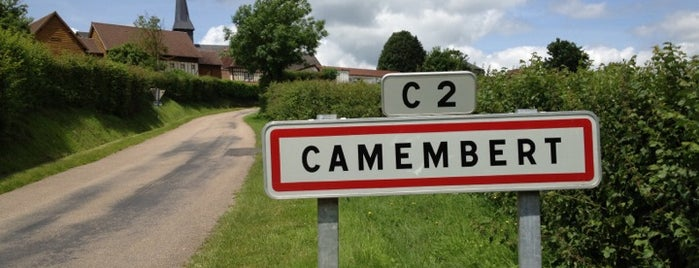 Camembert is one of Normandië.