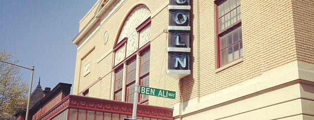 The Lincoln Theatre is one of Lugares favoritos de Matt.