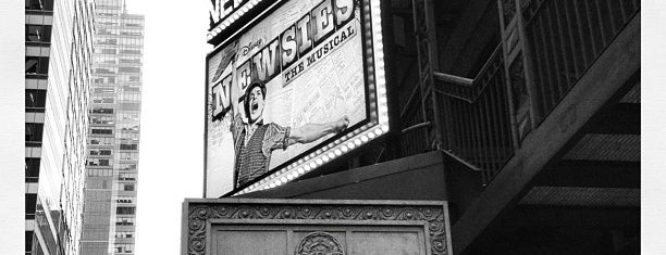 Nederlander Theatre is one of NYHistory 님이 좋아한 장소.