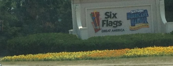 Six Flags Great America is one of Theme Parks I've Visited.