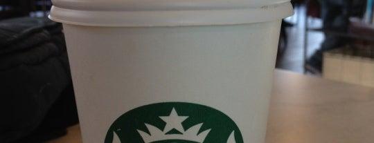 Starbucks is one of Locais curtidos por David.