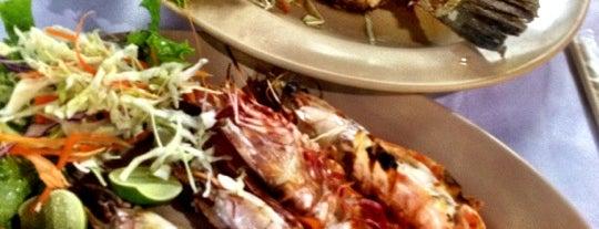 99 Seafood Restaurant is one of Orte, die Igor gefallen.