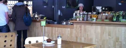 Communitea Cafe is one of Places to go.