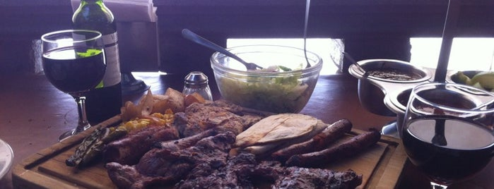 Herradero's Arracheras & Grill is one of Lugares favoritos de Roberto.