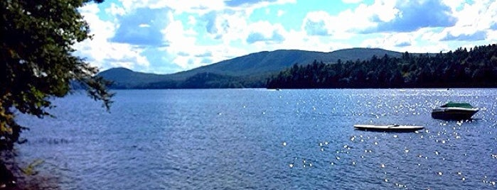 Newfound Lake is one of MURICA Road Trip.