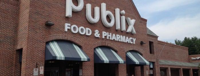Publix is one of สถานที่ที่ Barry ถูกใจ.