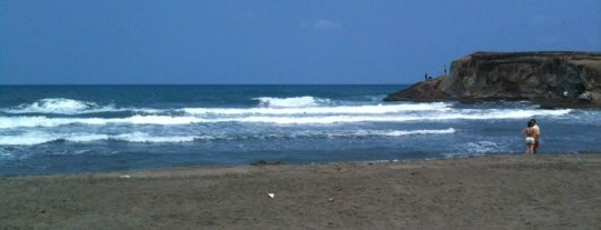 Playa Muñecos is one of Lugares favoritos de @im_ross.