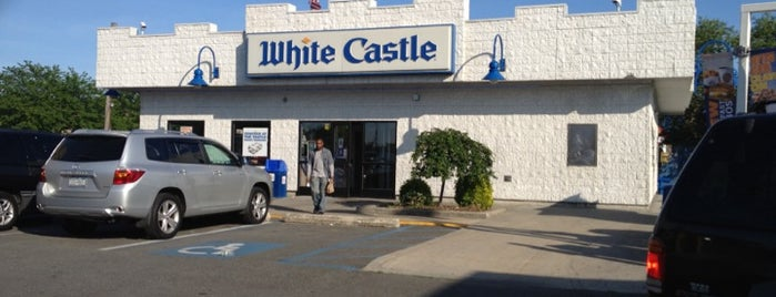 White Castle is one of Posti che sono piaciuti a Jason.