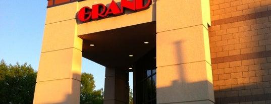 Grand Theatres is one of Tempat yang Disukai Amber.