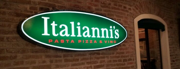Italianni's is one of Lugares favoritos de Changui.