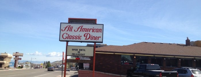 All American Diner is one of Locais curtidos por Tunca.