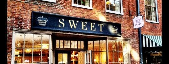 Sweet is one of Locais curtidos por Jenn 🌺.