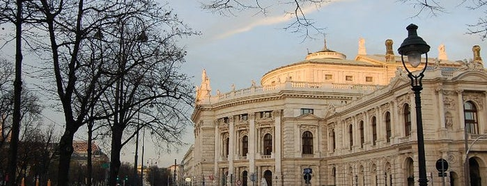 Burgtheater is one of Vienna Highlights #4sqCities.