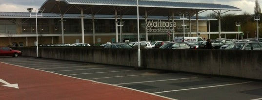 Waitrose & Partners is one of Tempat yang Disukai Carl.