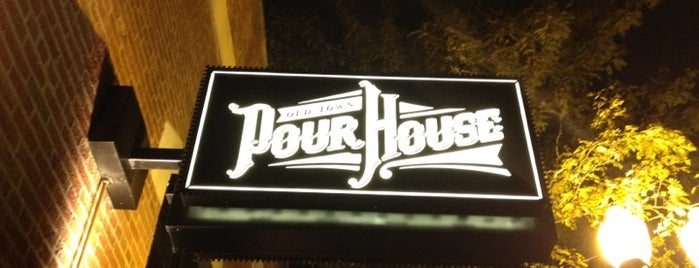Old Town Pour House - Chicago is one of chicago spots pt. 3.