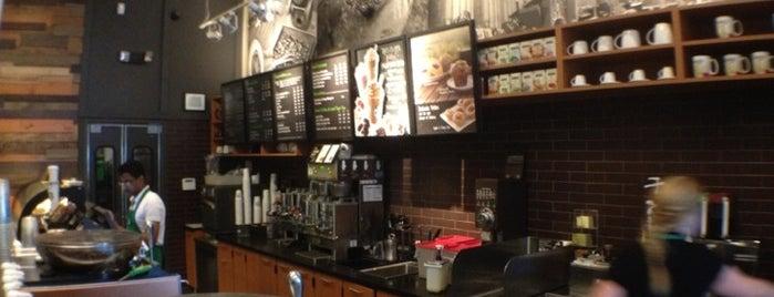 Starbucks is one of Tawseef'in Beğendiği Mekanlar.