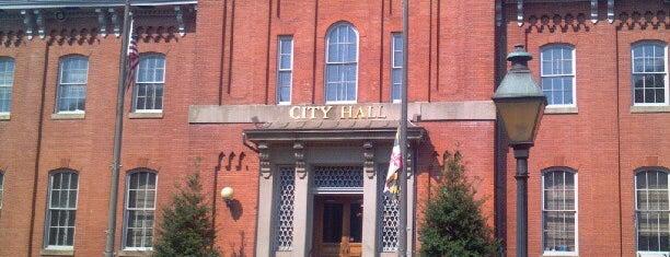 City Hall is one of Frey'in Beğendiği Mekanlar.