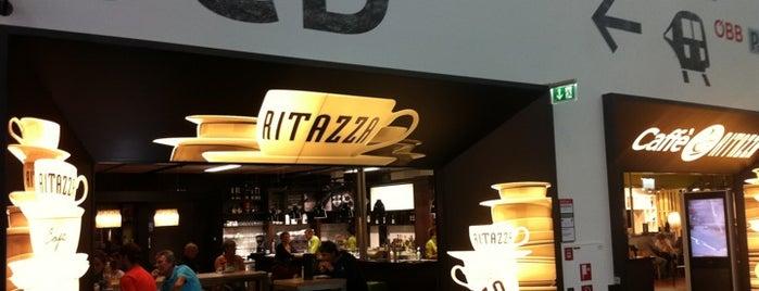 Caffè Ritazza is one of Orte, die Orhan Veli gefallen.