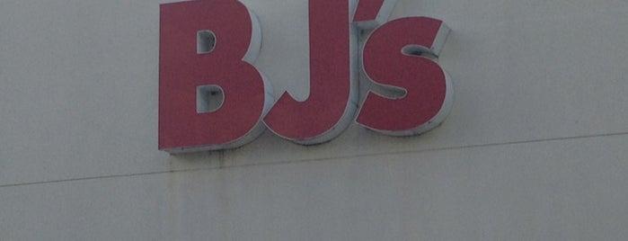 BJ's Wholesale Club is one of Orte, die Chris gefallen.