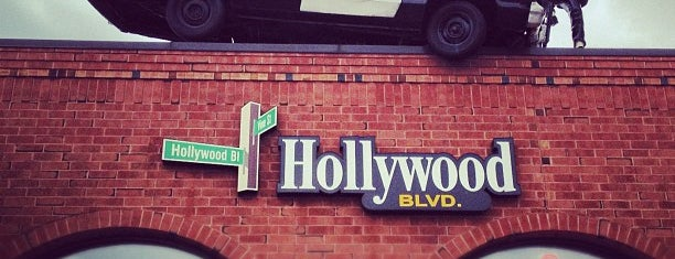 Hollywood Blvd is one of Best spots for brew & view.